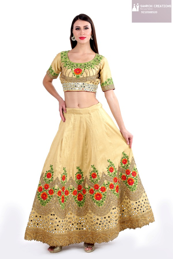 Yellow Lehenga on rent in Sultanpur